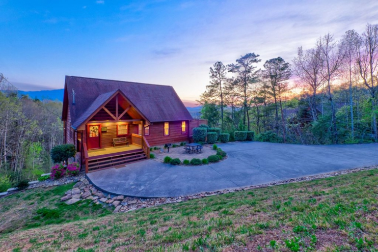 Smoky Heights - Gatlinburg, TN Cabin Rental (0)
