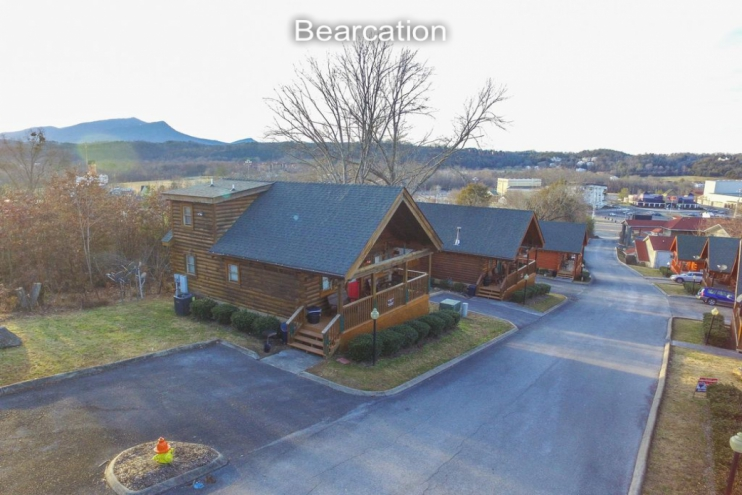 Pin Oak Resort - Pigeon Forge, TN Cabin Rental (0)